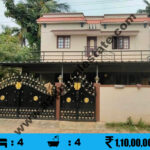 House for sale in LIC Colony